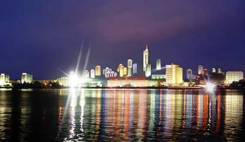 wonsan-at-night